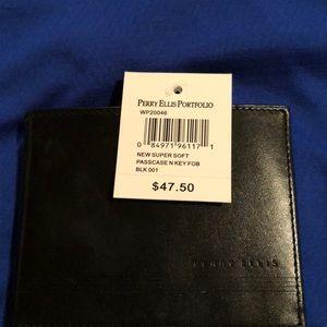 Perry Ellis wallet